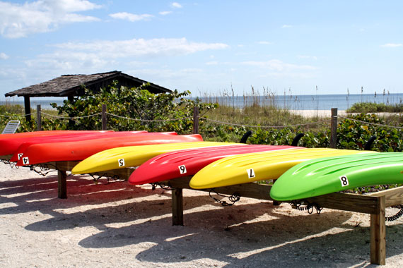 Kayaks and Paddleboards - Island Inn