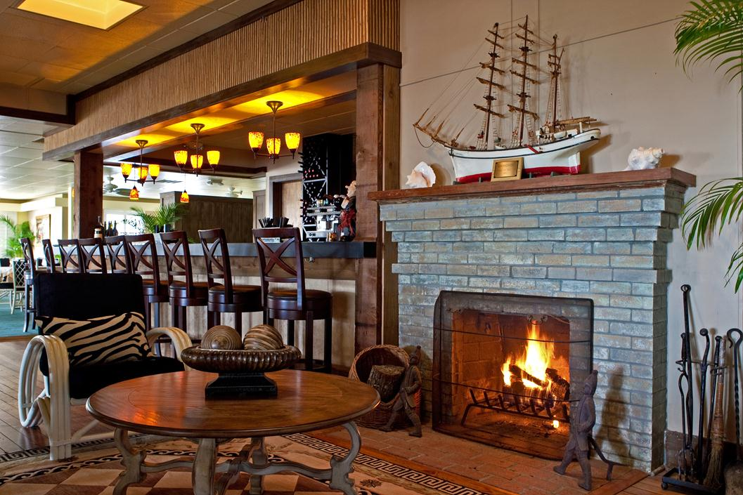 Bar-Fireplace