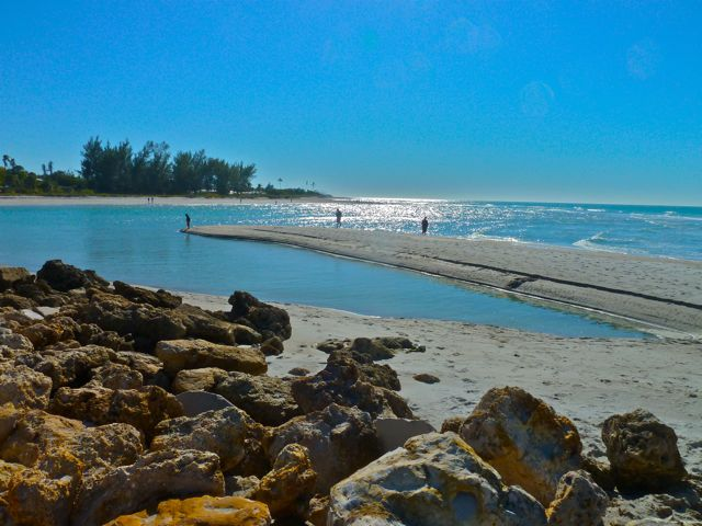 island-inn-sanibel-local-beaches-turner-beach