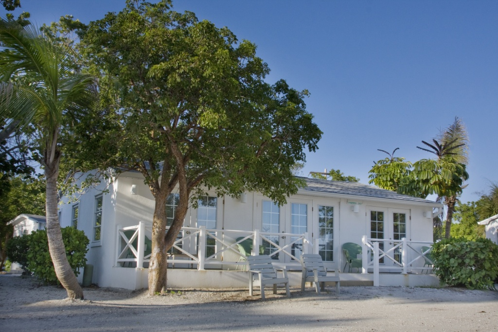 Sanibel Island Cottages: Sandpiper And Seagrape Beachview Cottage