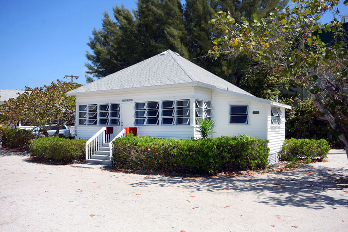 florida on beachview locationphotodirectlink island sanibel ambiance true picture cottages beach cottage of