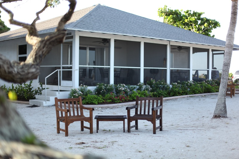 cottages rentals on oceanfront for rent cottage fl in vacation sanibel island beachfront house seaside