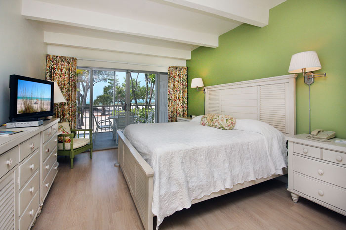 Matthews-Lodge-Gulfview-Suite-1