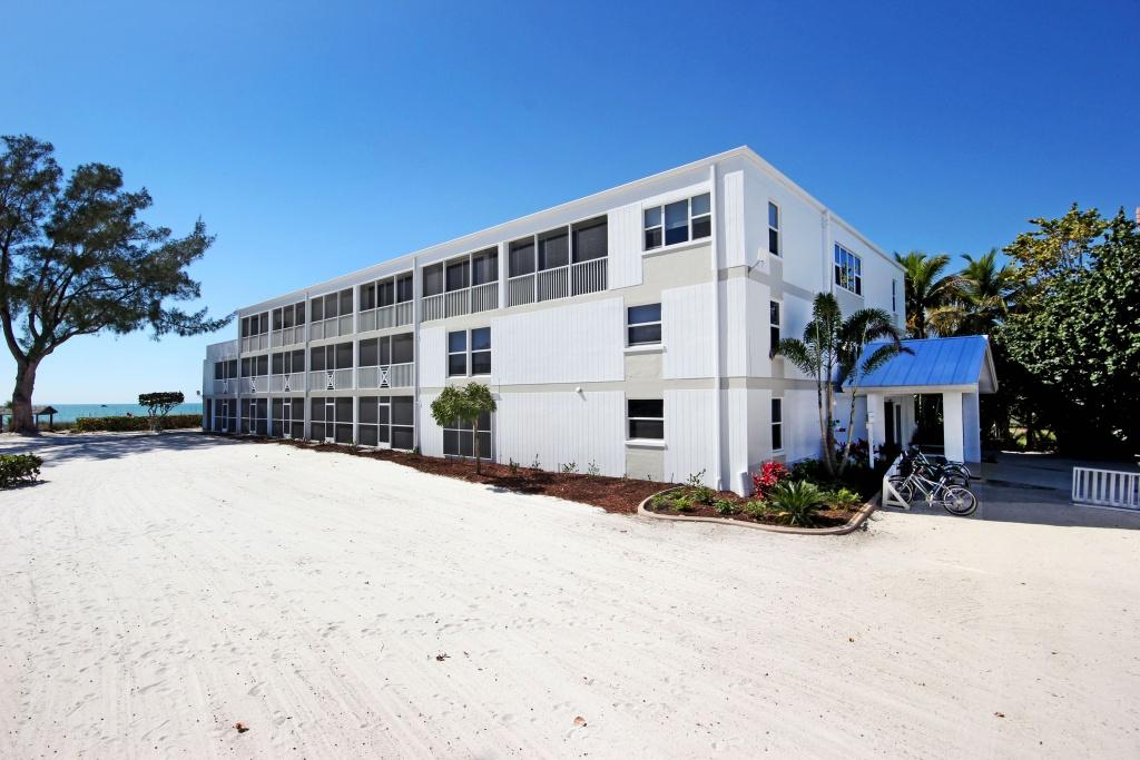 Sanibel Island Holiday Inn Rooms: Island Inn Sanibel